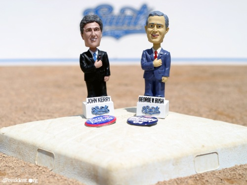 George W. Bush and John Kerry Bobblelection 2004